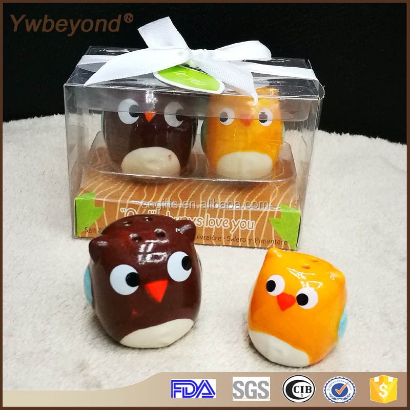Wholesale Ywbeyond Best wedding small Gifts for Guests of Owl Always Love You Ceramic Salt and Pepper Shaker set For Baby Shower
