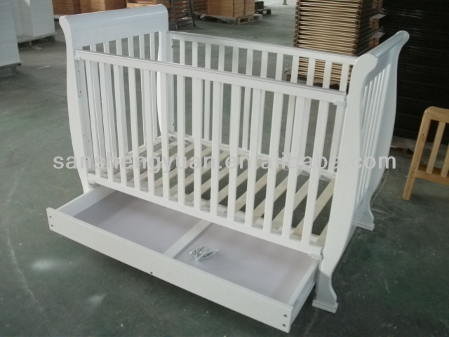 Sleigh pine wood baby crib /Baby bed