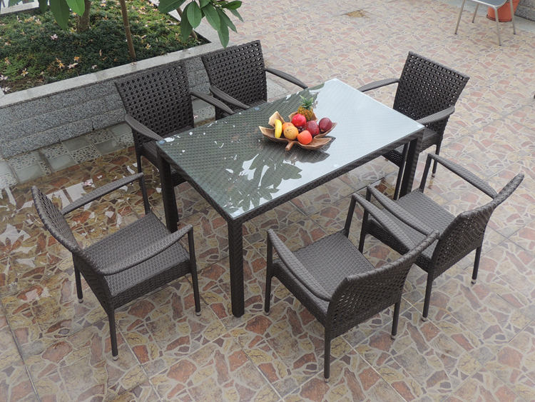 Modern discount wicker outdoor patio furniture dining sets for Affordable outdoor dining sets