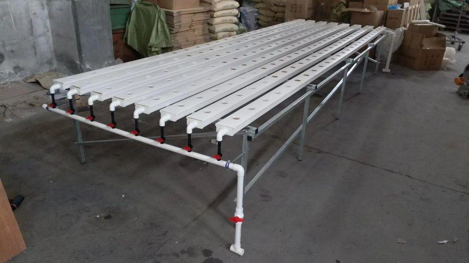 Коммерческая Крытый гидропоники NFT Gully Aquaponic NFT Растущая Система