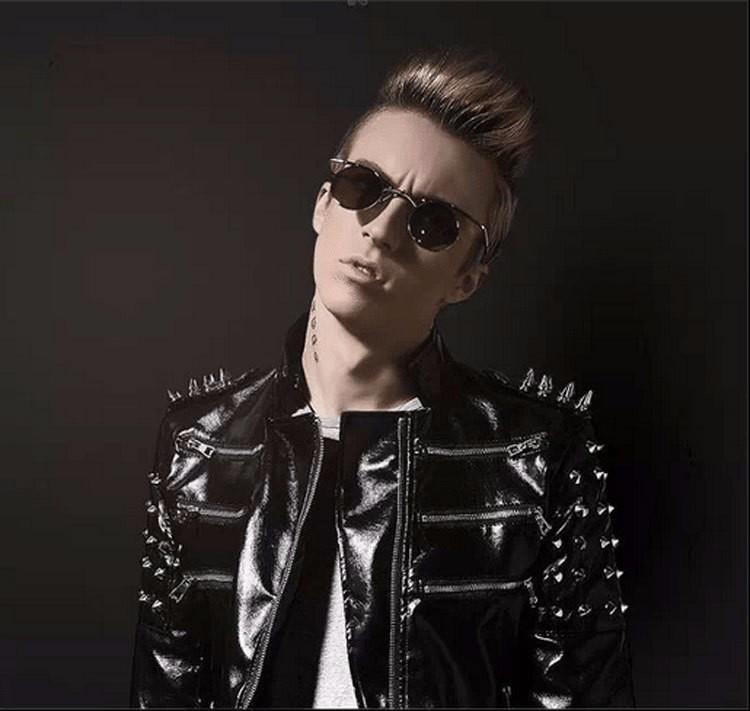 2017 New Fashion SteamPunk Gothic Vampire Style Sunglasses Men Brand Design Vintage Sun Glasses