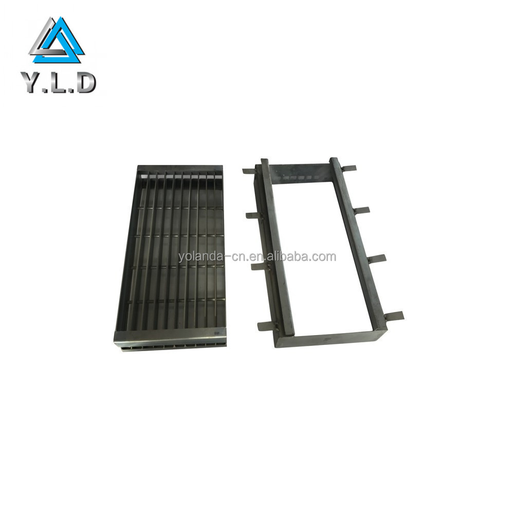 OEM Good Quality Stainless Steel Welding Charcoal Grill For Outdoor Party BBQ