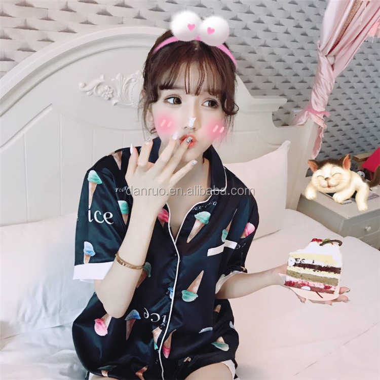 The new summer 2017 lovely ice cream silk suit my pajamas
