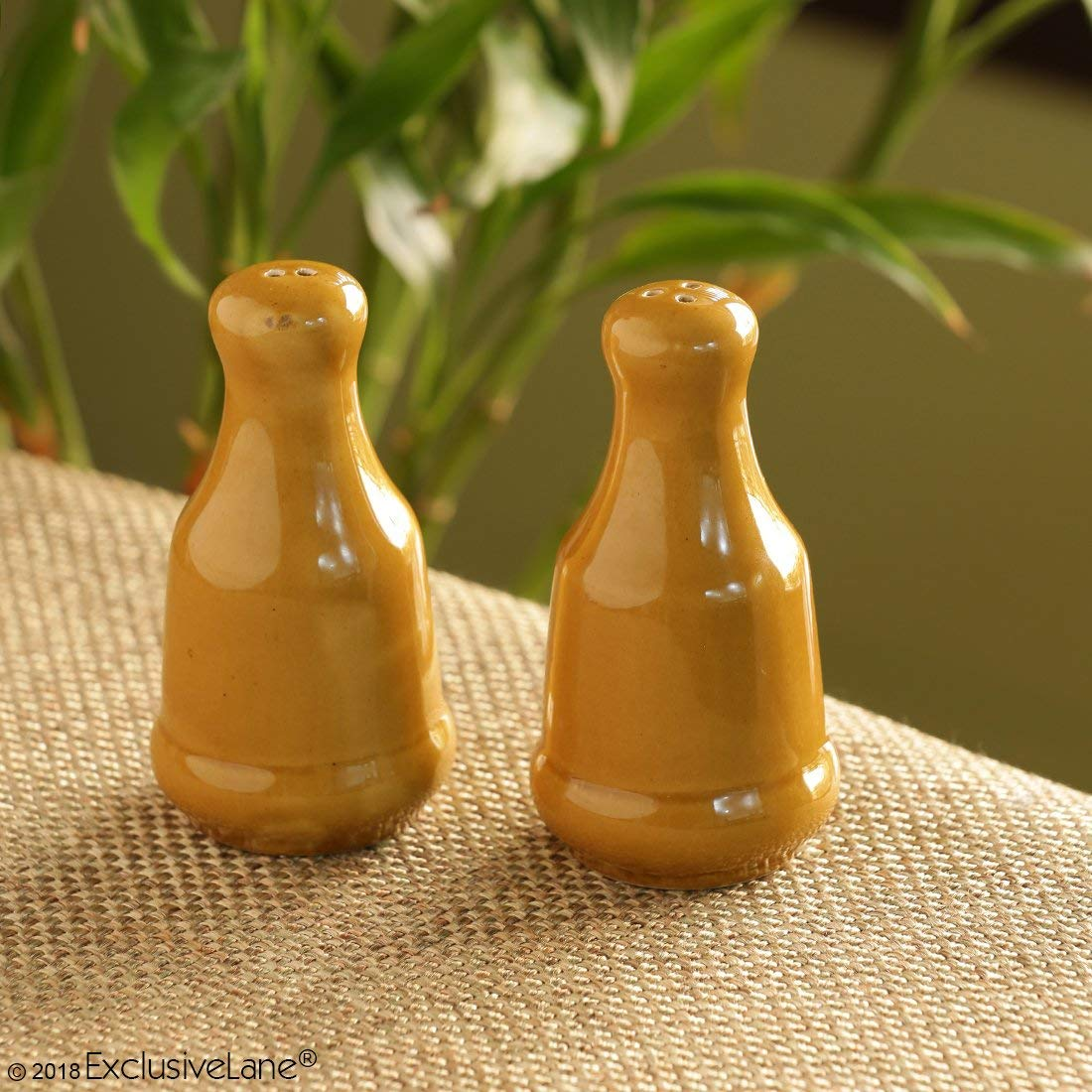 ExclusiveLane Mustard Salt & Pepper Shaker Sets In Ceramic - Salt & Pepper Mill Sets Salt & Pepper Shaker Sets Salt And Pepper Set For Dining Table Salt Shaker salt and pepper grinder set pepper mill