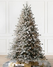 Xmas Boom Aangepaste Ontwerp Party Home Decorations Pre-lit Dichte Slanke <span class=keywords><strong>Witte</strong></span> Gold Sliver 6ft 8ft Sneeuwen Stroomden Kerst boom