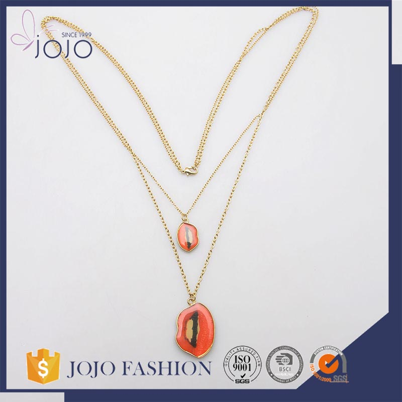 Hot selling wholesale eco-friendly red mouth pendant multi chains epoxy necklace