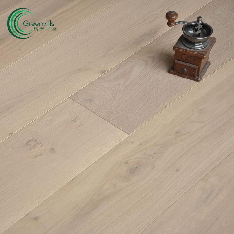 Plank White Oak Engineered Wood Floor