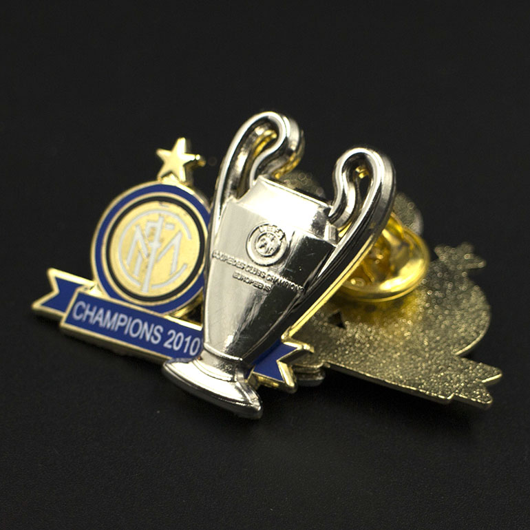 3D zinc alloy metal silver trophy cup lapel pin badge,factory price,football club pin badge