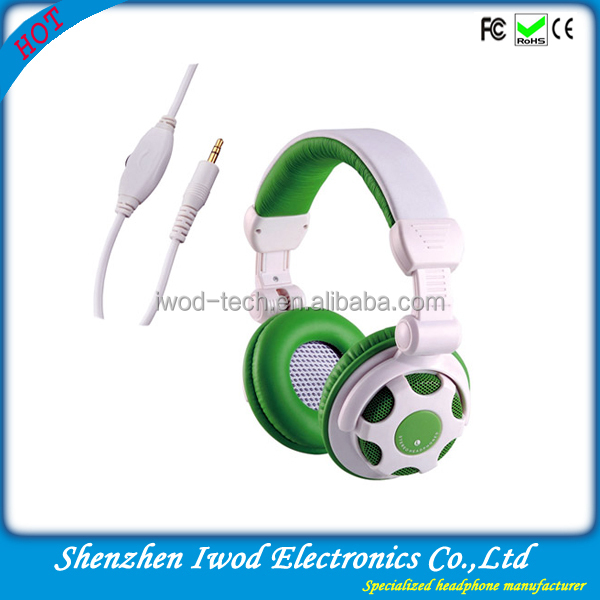 2014 world cup gift football headphone/products for football fans with plastic headphone jack plug