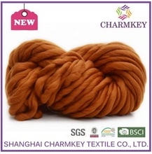 Giant yarn / Dyed Merino Wool Roving / Superfine 23 Micron Super Chunky Yarn CHARMKEY BRAND wholesale yarn