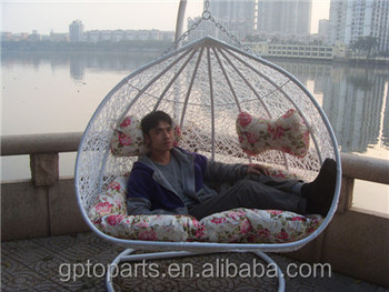 Wholesale Outdoor Wicker Swing Patio Swing Chair Rattan Double Hanging Chair  For Adults