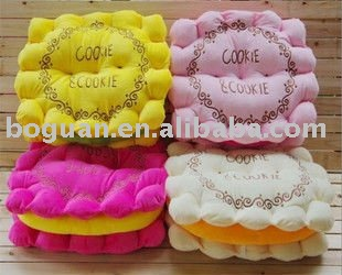 2011 new design biscuit cushion pillows