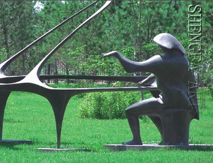 sculpture moderne en jardin de pianiste bronze artisanat. Black Bedroom Furniture Sets. Home Design Ideas