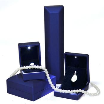 Wholesale Fancy Jewelry Velvet Hallmark Gift Boxes Led Light Jewelry