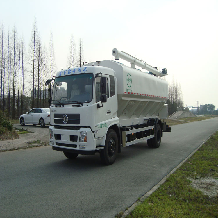 CE Certified dongfeng 4*2 180hp bulk feed delivery/tranported truck for sale