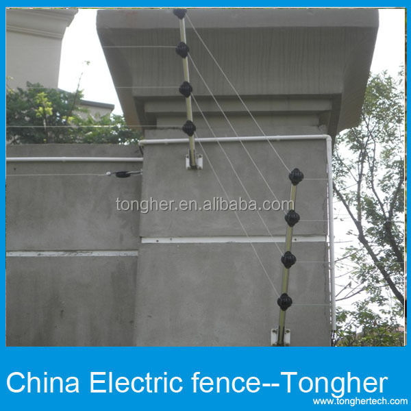 Modren Chain Link Fence Barbed Wire Top Buy Fencebarbed Wirebarb Product On Alibabacom Inside Ideas