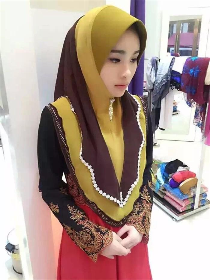Arab girl square - 1 9