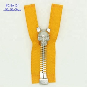 Guangzhou zipper factory supply 10# white gold / silver open end metal zipper