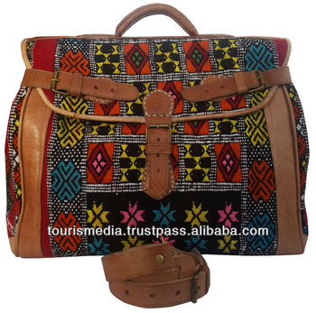 e27ebd57e78 Marokkaanse kelim tassen met de hand gemaakt door kilim en echt leer  veelkleurige kelim tapijt
