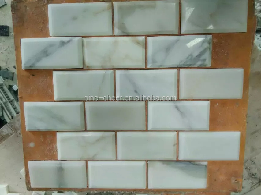 Calacatta goud marmer metro tegel baksteen mozaïek keuken