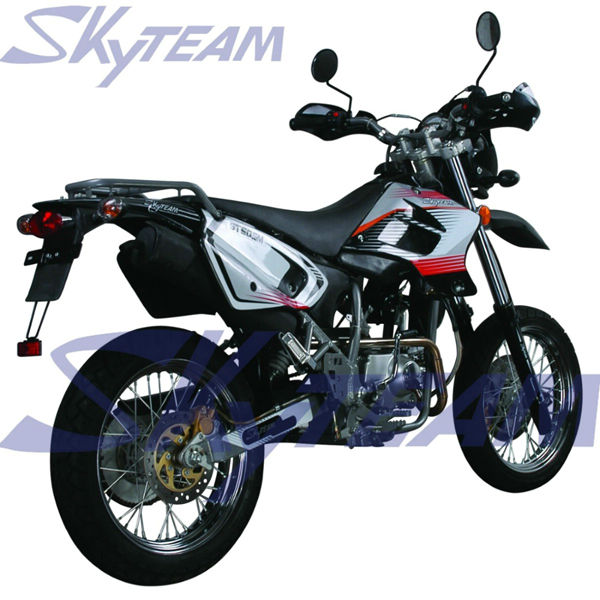 on grande vente skyteam 50cc 4 temps sm super moto moto. Black Bedroom Furniture Sets. Home Design Ideas
