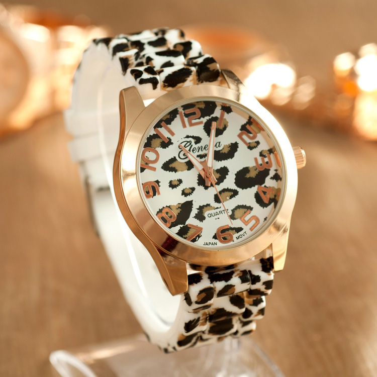 High quality square leather single watch customs face fashion design brand wholesale