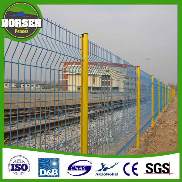Chile Market Safety Home Boundary Wall Designs Galvanized Welded Wire Mesh Fence