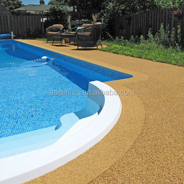Swimming pool rubber flooring gurus floor for Swimming pool floor