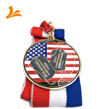 Hot selling United States custom logo 3D Vietnam army gold plated medal challenge coin with ribbon