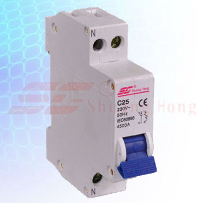 1-32amp 240/415V 4500A4.5KA SG40PN Miniature Circuit Breaker electrical switch merlin gerin DPN circuit breaker manufacturer