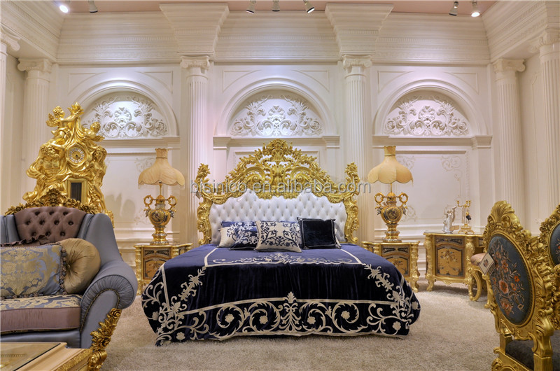Italy Style Brand New Bedroom Furniture Royal Luxury Set Golden King Size Bed With Elaborate Wood Carving