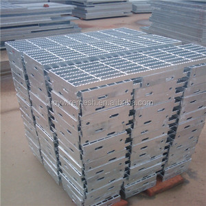 China factory supply hot sale steel steel deck grating / galvanized steel step plate / stair treads steel grating weight