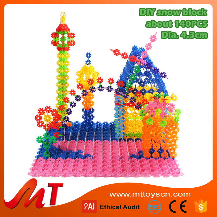 Hot sale educational toys for kids snow flaks plastic building toy blocks