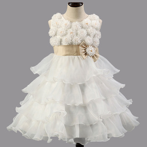 3718a380e White Wedding Dress With Red Belt