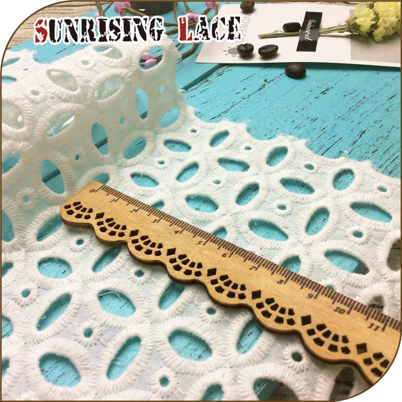 Custom High Quality Eyelet Embroidery Lace Fabric