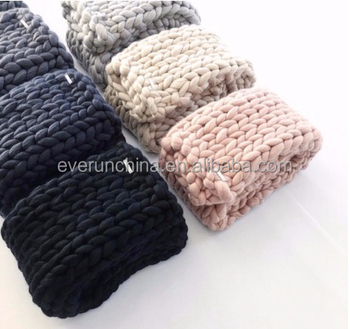new technology low min luxury pefect hand knit baby girls designs cotton acrylic wool chunky knit cushion sweater blanket