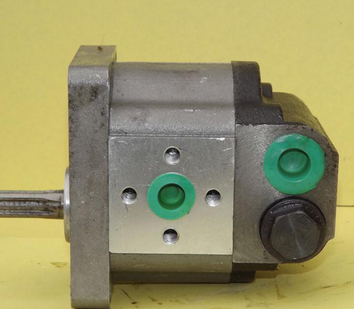 used hydraulic pump jcb