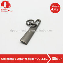 Promotional 4.4g string zipper slider metal zipper puller