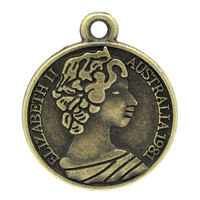 Wholesale Round Coin Antique Bronze Message & Elizabeth Carved Charm Pendants