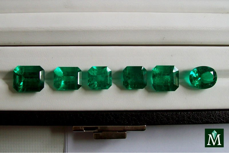 for sale buy emerald specimens rock gemstones loose auctions gem