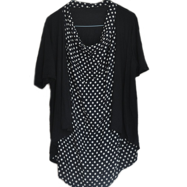 Sep 06, · Polka Dot Blouse: tuck your polka dot blouse into pants and skirts for more feminine look. Mixing Black And Grey: you can wear your polka dot .