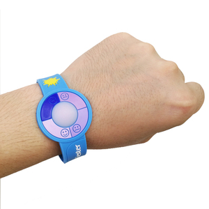 Custom logo silicone Factory advertising rainbow Sun UV tester wristband watch shape detector silicon bracelet
