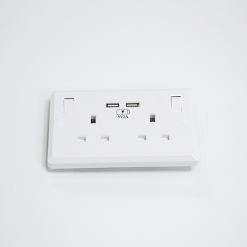 Factory price 13A 2 power Dual usb uk wall plug socket