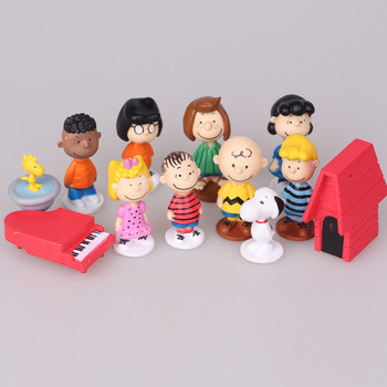 3D plastic figure cute Snoopy of 12 styles peanuts