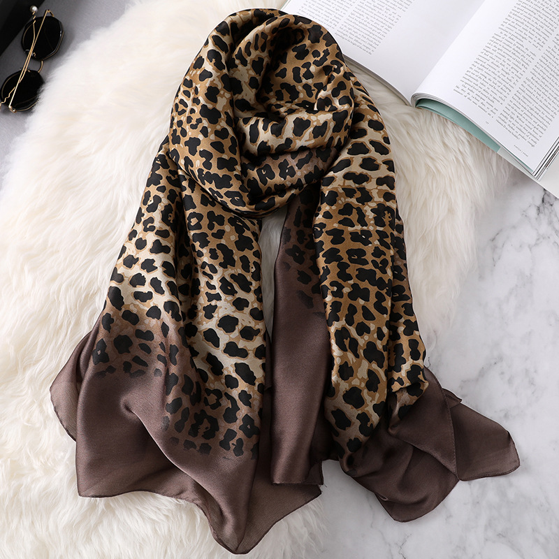 2019 Collection Design Chinese Silk Women Printed Long Hijab Shawl Women Leopard Grain Silk <strong>Scarf</strong>