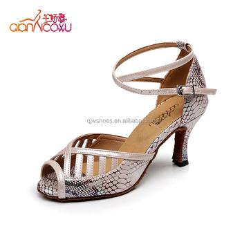 chaussure de danse latine salsa