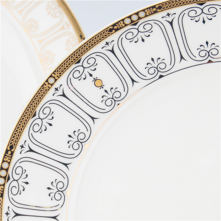 Unique fine quality custom design dinnerware made in china / golden bone china dinner set