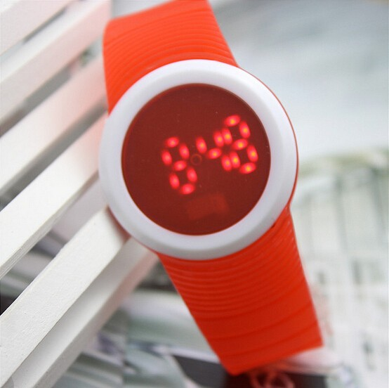 LED Watch 2015 Fashion Sport Digital Watch Silicone Running Watch For Women Men