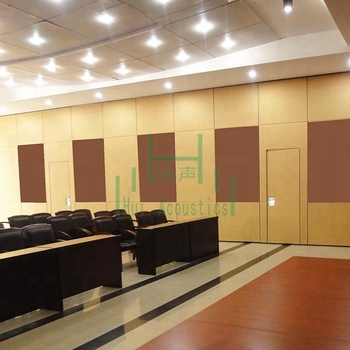 Interior Decorative Acoustic Room Divider Wood Partition Wall Soundproof  Operable Wall In Banquet Hall