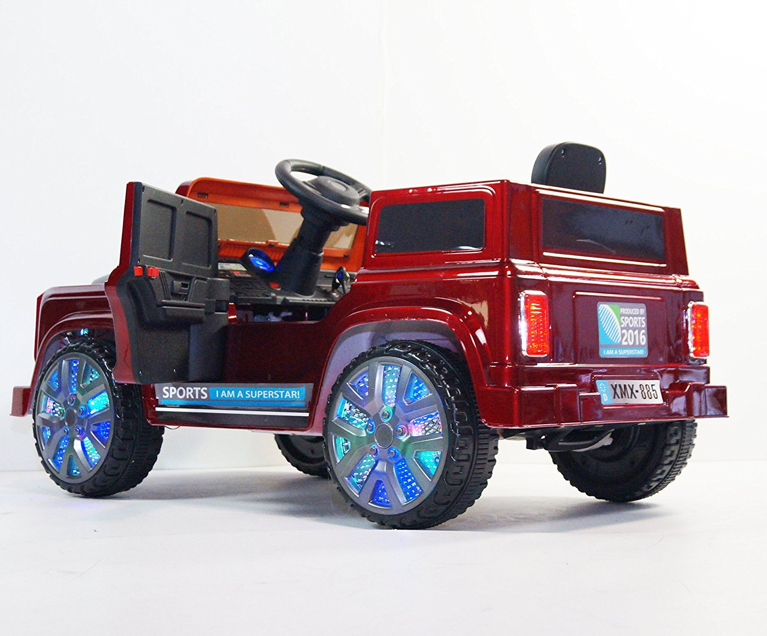 Ride on car LAND ROVER style. 3 speed. MP3. Battery operated. With remote control. R/C. For kids, boys and girls, from 2 to 5 years. Car on electric battery 12V total. Two Electric motor.